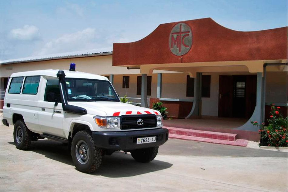 Atakpame-CM-(Vehiculo-medicalizado)